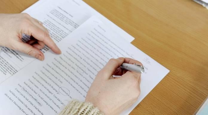 Editor Buku: Dari Eksistensi Menuju Apresiasi
